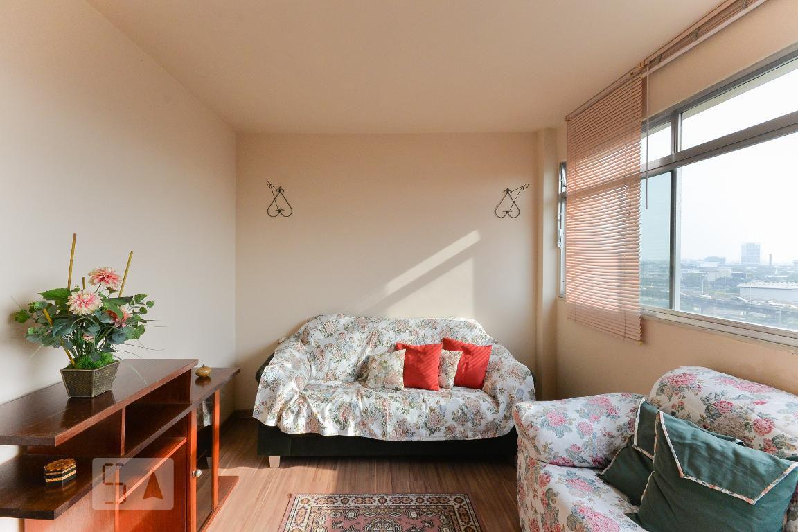 Apartamento em Estácio