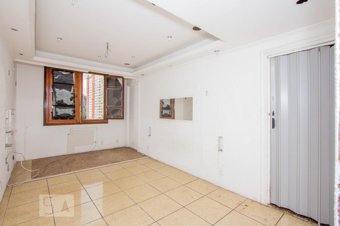 Apartamento em Centro