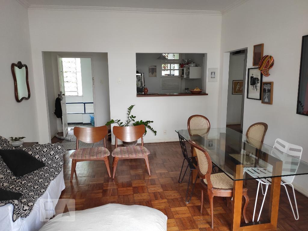 Apartamento em Leme