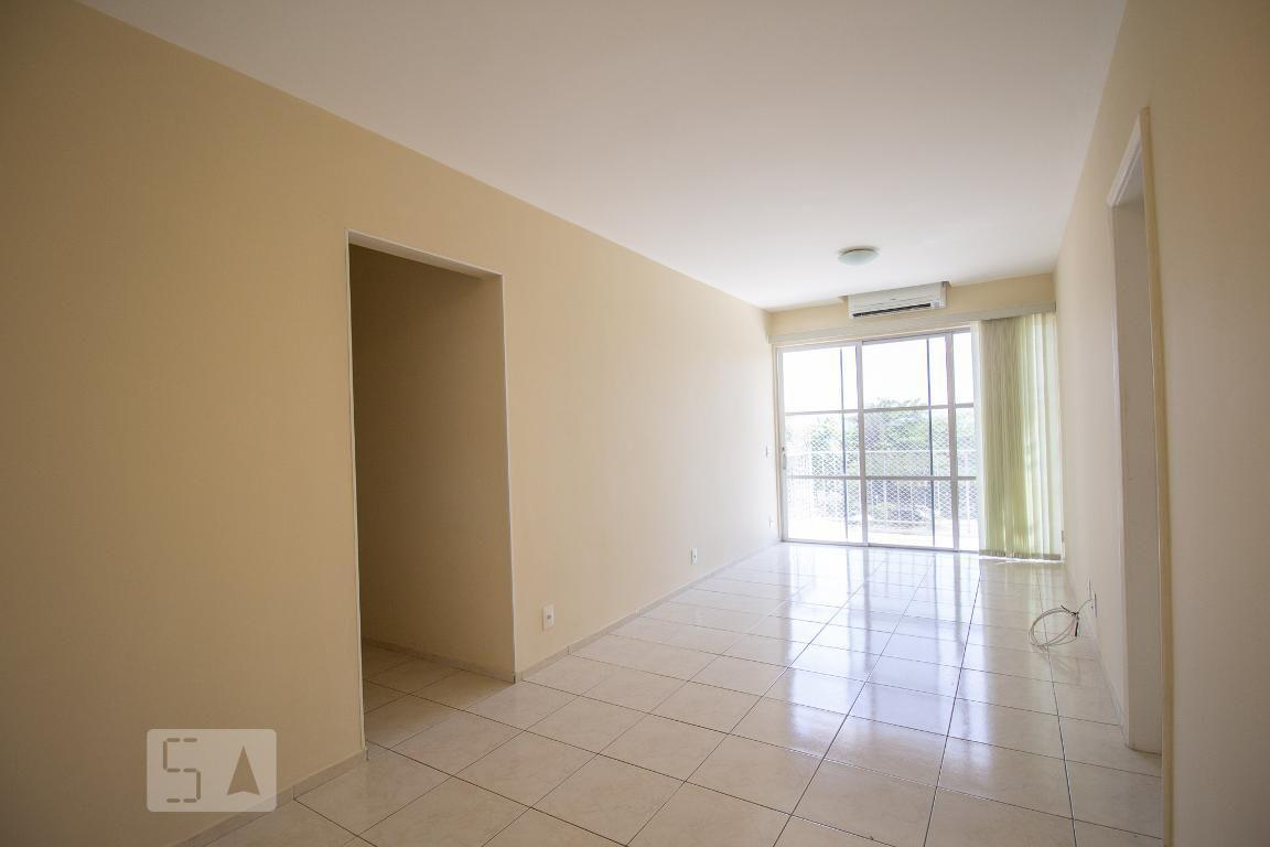 Apartamento em Barra da Tijuca - Marapendi